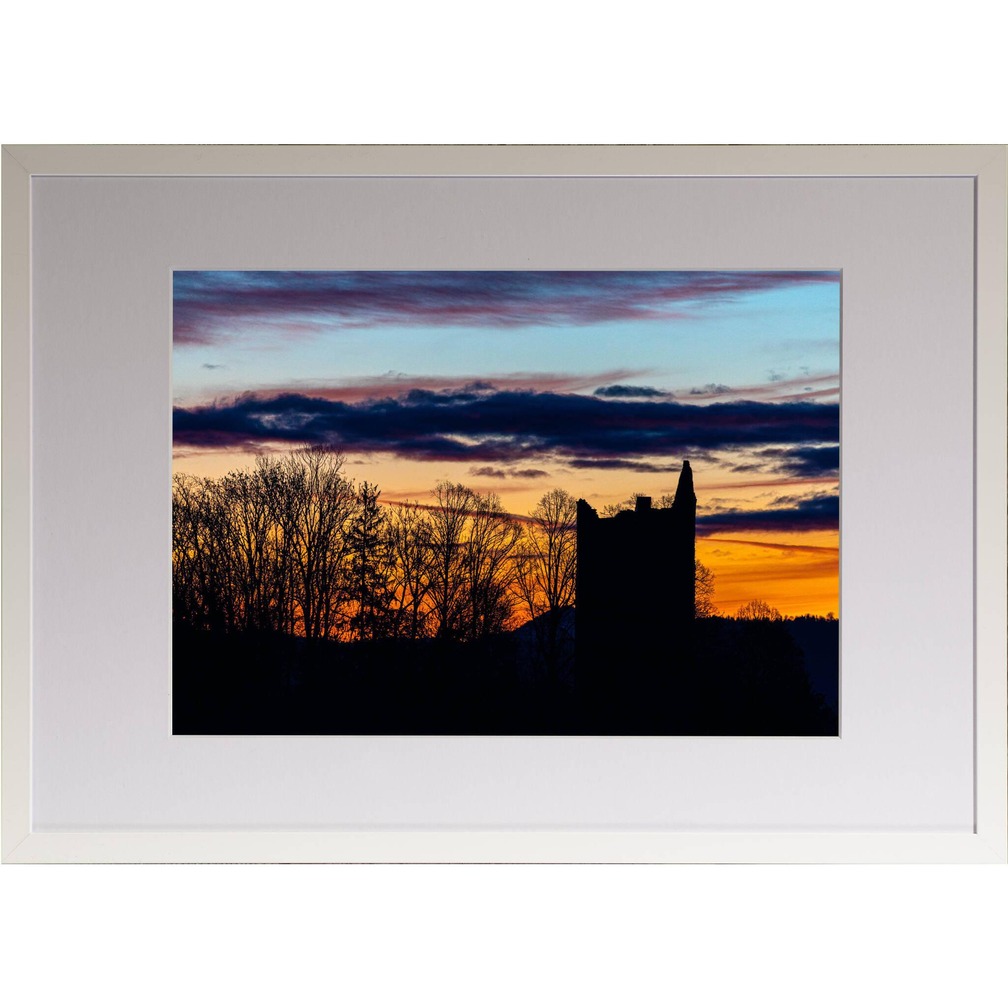 Burgruine im Sonnenuntergang Rahmen 'Riga' A3 mit Passepartout