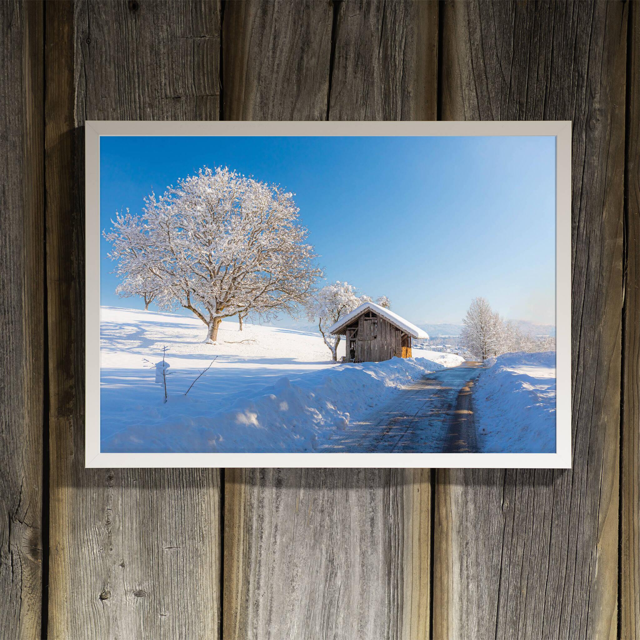 Winterlandschaft mit Hütte Rahmen 'Riga' A3 ohne Passepartout